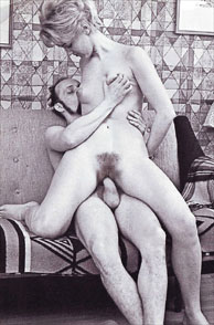 Vintage Reverse Cowgirl Sex With A Furry Muff Small Tits Lady